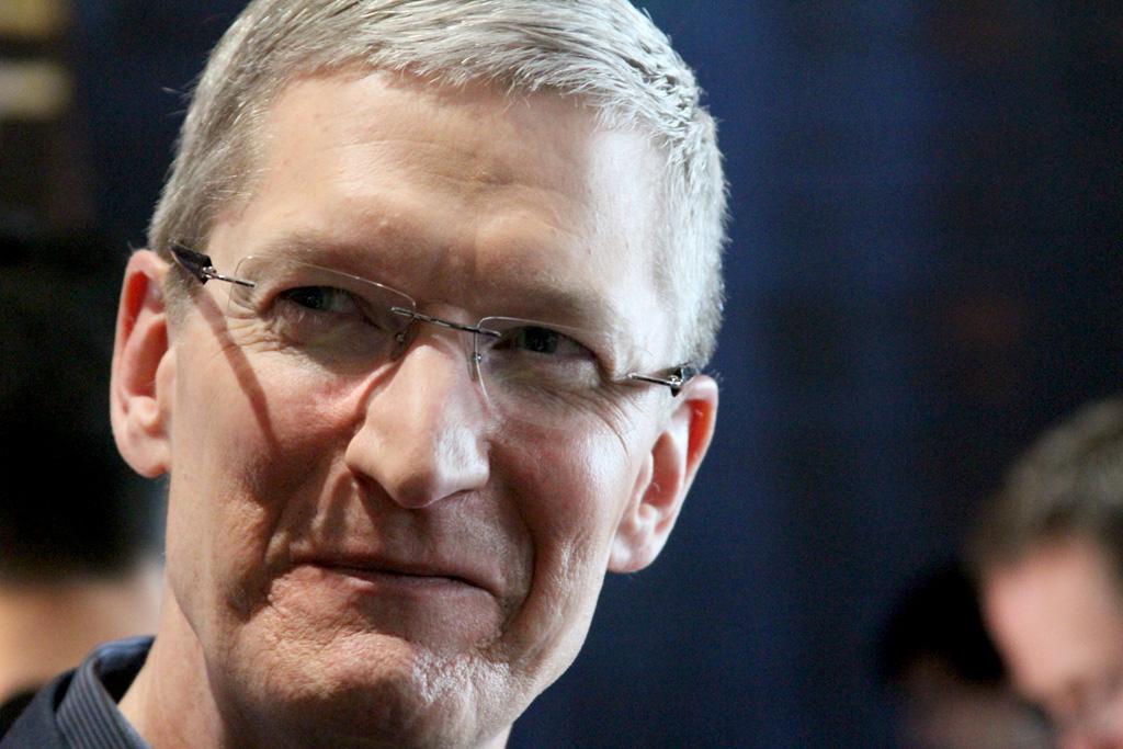 Apple Now Biggest-Ever U.S. Company