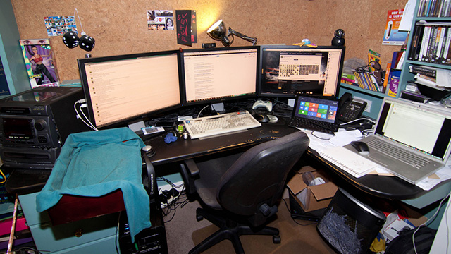 Microsoft Editor Peter Bright's desk