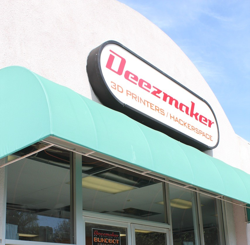 The Deezmaker store is in prime SoCal geek territory, near CalTech, JPL, and Pasadena City College.