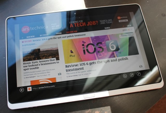 """The 11.6"""" W700 and its (very) reflective capacitive touchscreen."""