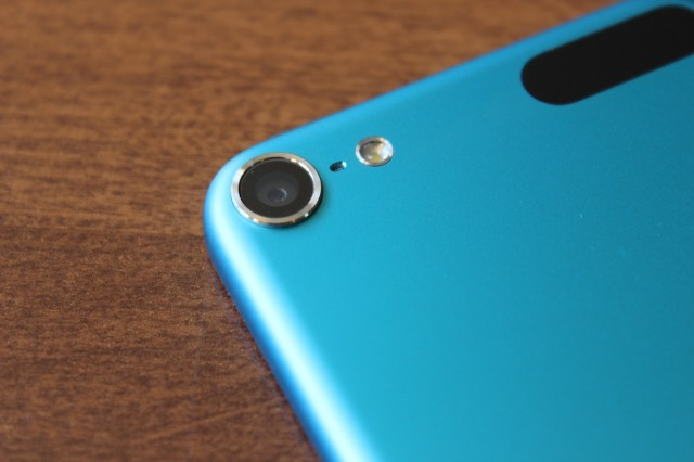 The new iPod combines the lens assembly of the iPhone 5 with a sensor similar to the one in the iPhone 4, and also adds an LED flash.