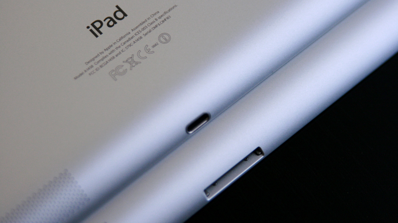 The one discernible difference between third- and fourth-gen iPads is the connector on the bottom. The newest iPads (top) feature the new Lightning connector.