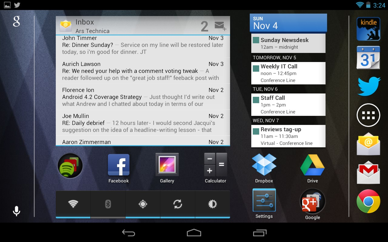 The Nexus 7's screen in landscape mode, which was introduced in the Android 4.1.2 update. The dock rotates to the right side of the screen here, keeping it thumb-adjacent.