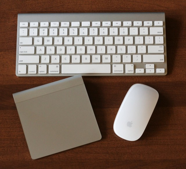 New iMac, same input. The Apple Wireless Keyboard, Magic Trackpad, and Magic Mouse.