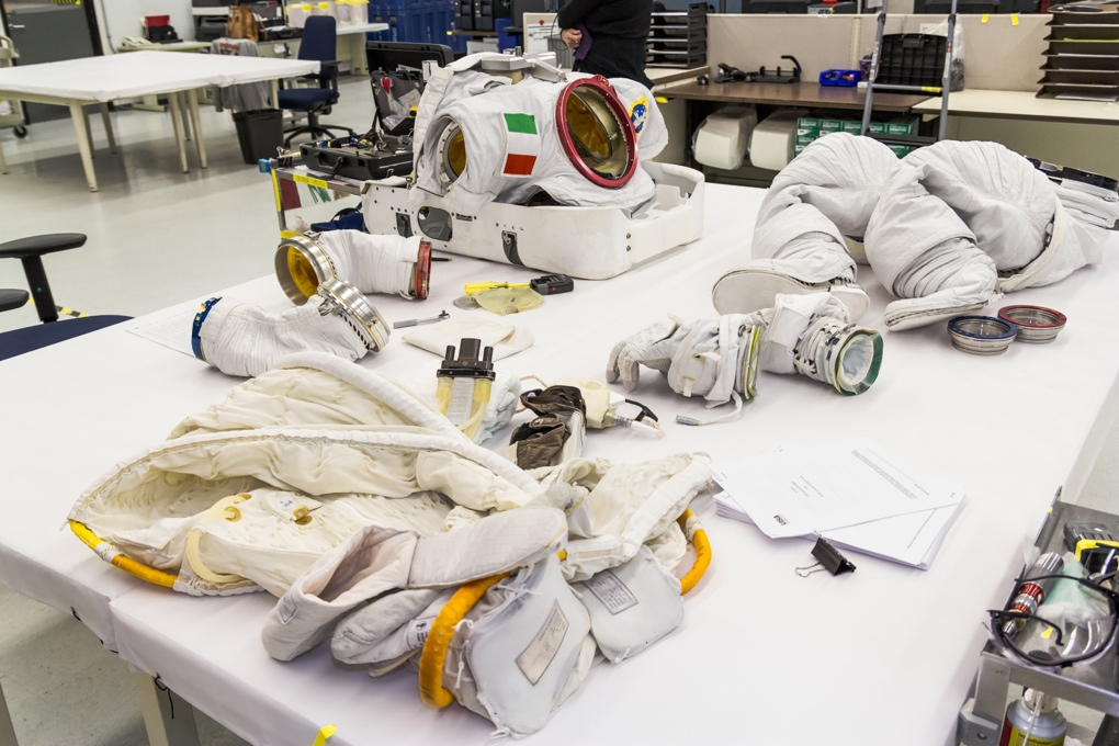 Luca Parmitano's extravehicular mobility unit (EMU) suit being prepped for the dive.