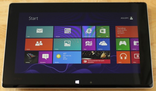 Fold it down, and the contents of the laptop screen automatically shift to the tablet's screen.