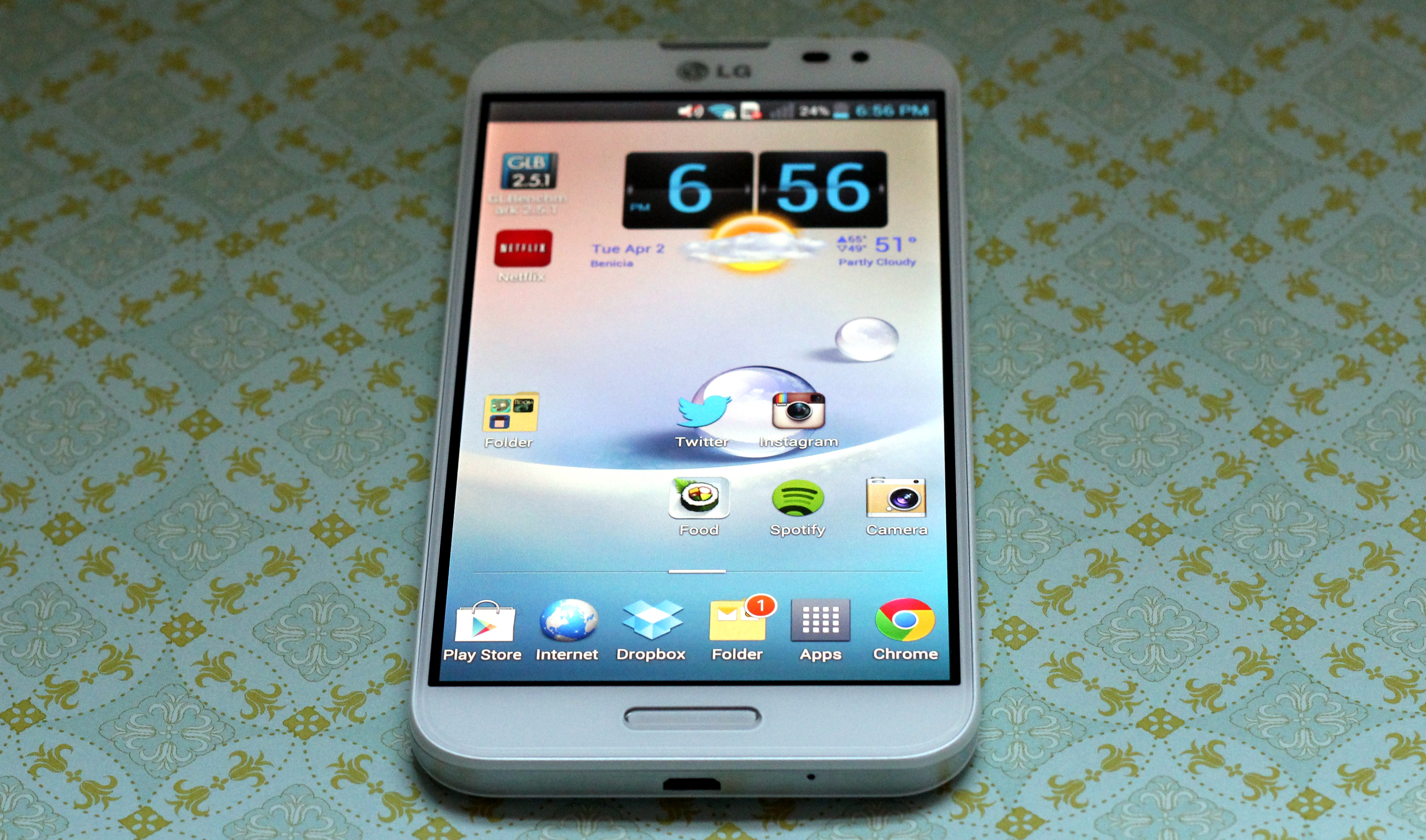 LG Optimus G Pro Review: the phone-tablets are here to ...
