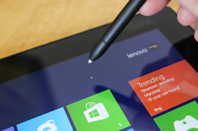 Hover the pen above the tablet's screen, and a small cursor will appear to let you know exactly where you're tapping.