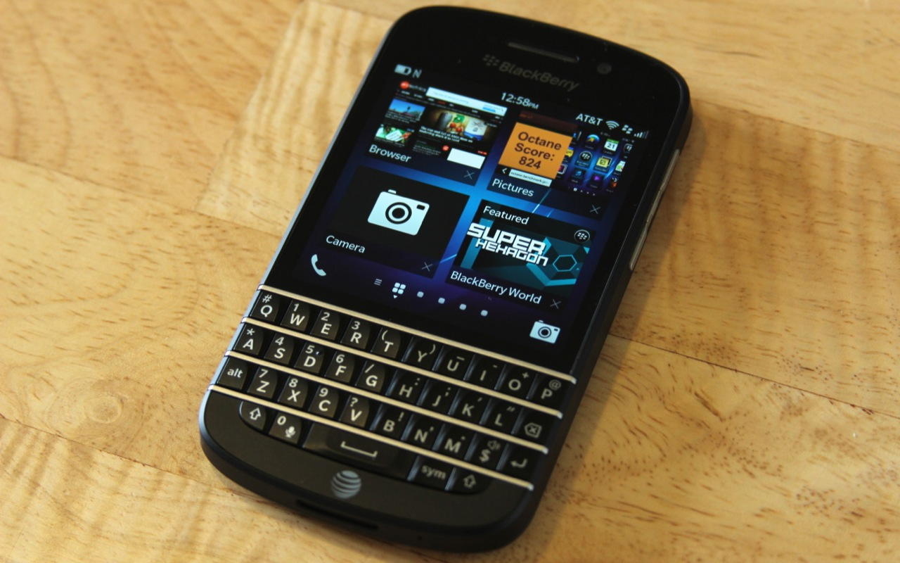 BlackBerry's Q10.