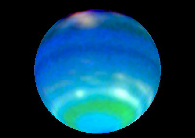 what color is uranus the planet - photo #4