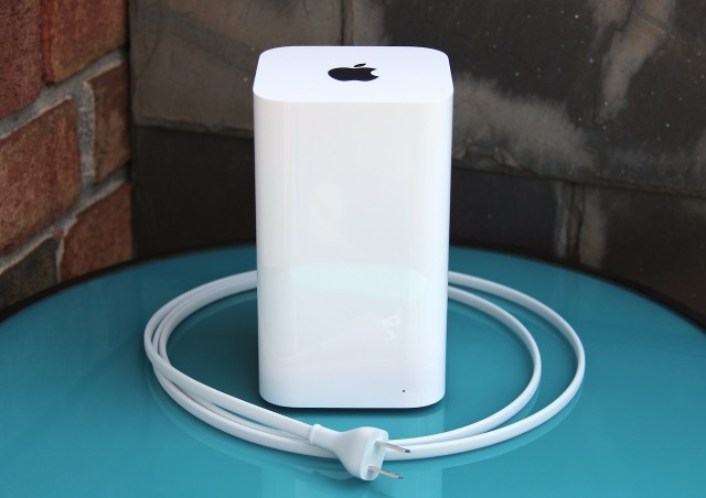 We connected the 2013 Air to Apple's 802.11ac Airport Extreme Base Station.