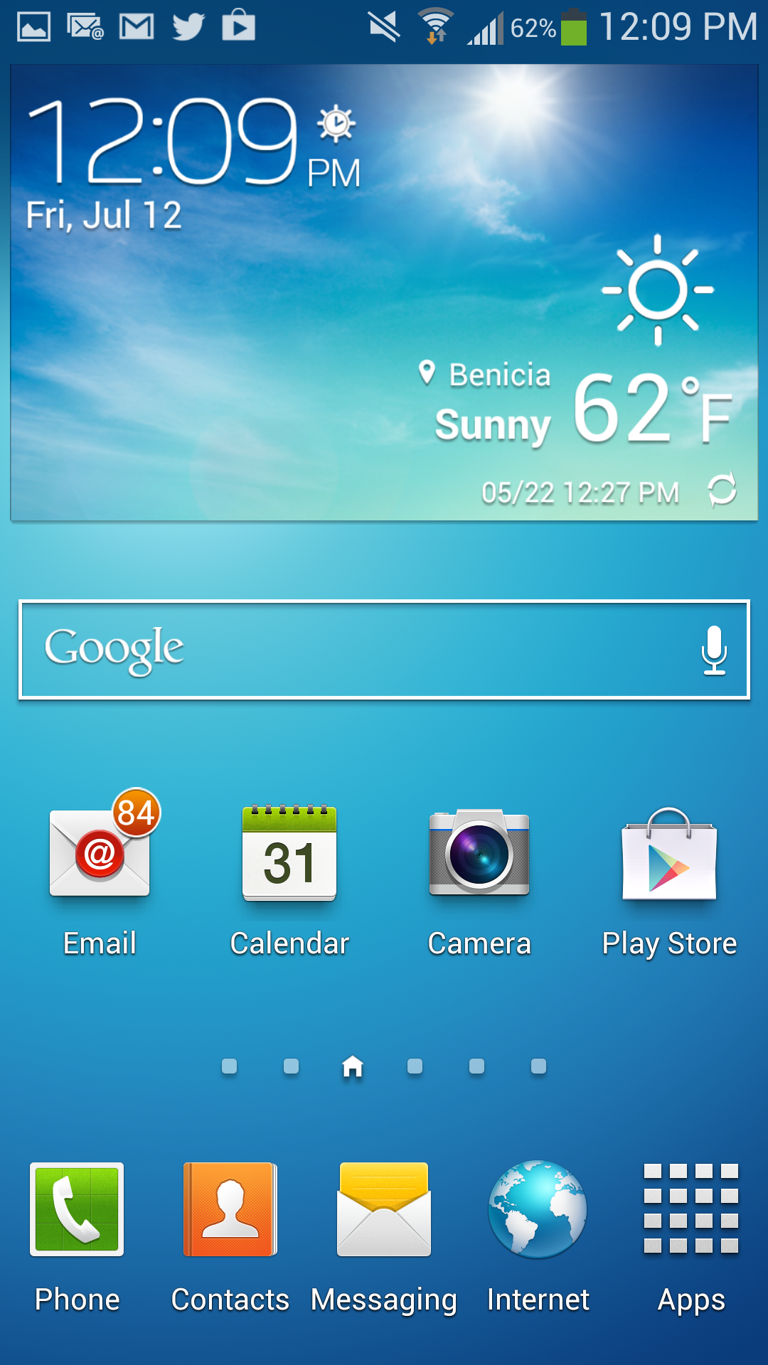 Samsung's TouchWiz Nature UX 2.0 interface overlay.