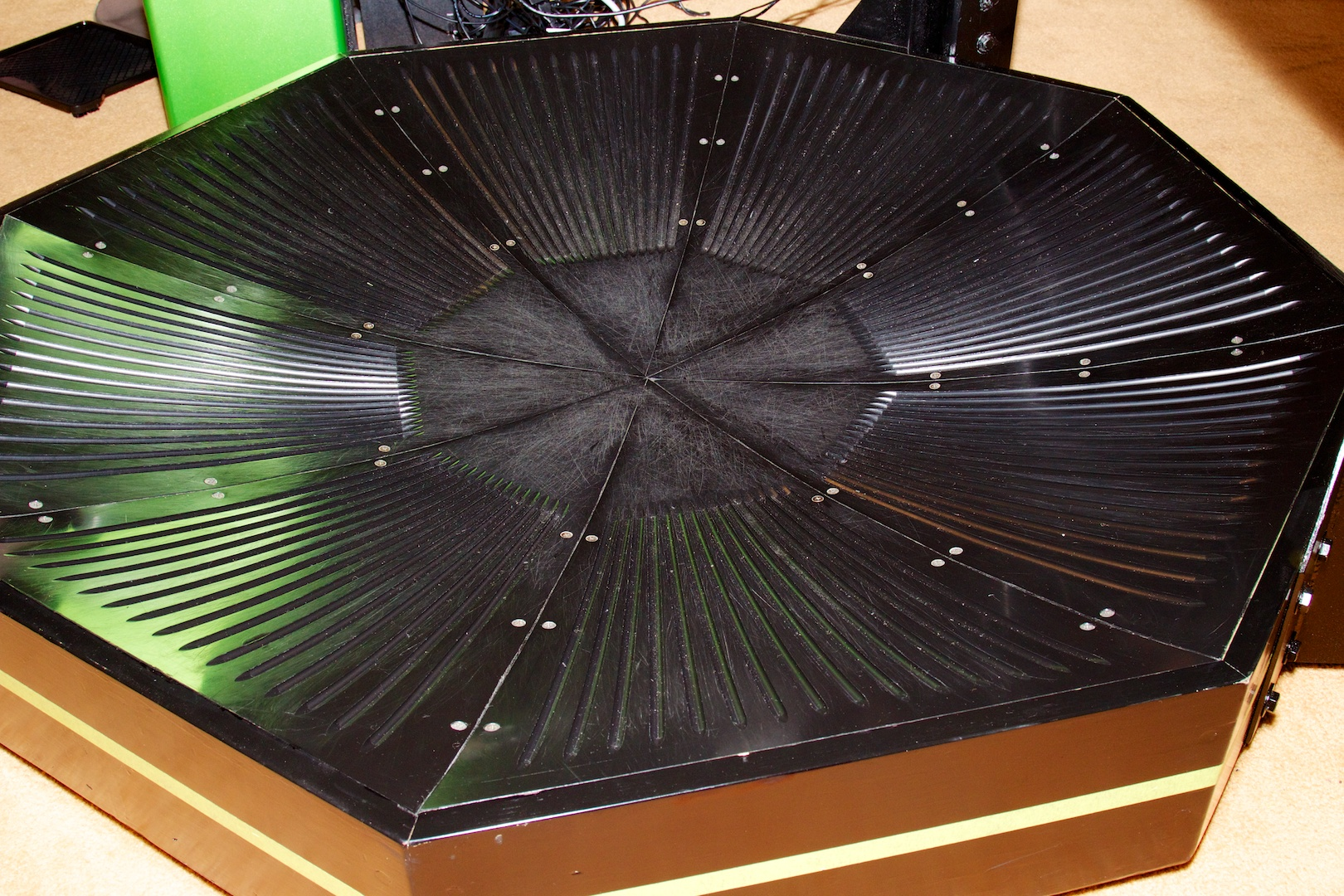 Close-up of the low-friction surface on which the player walks.