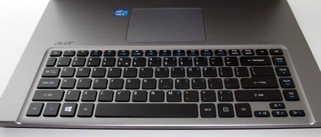 The weirdly inverted keyboard and trackpad arrangement. I did not like this.