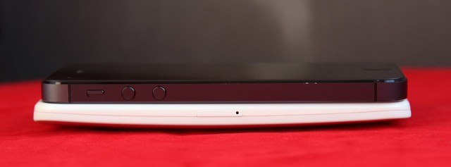 The Moto X is much thicker than something like the iPhone 5, though the curved back helps it to feel more comfortable.