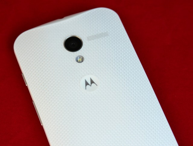 The Moto X's rear-facing 10MP camera, LED flash, and rear-facing speaker. The speaker sounds clearer than the one in the Nexus 4 and doesn't distort much even at high volumes, but it's still just a smartphone speaker.