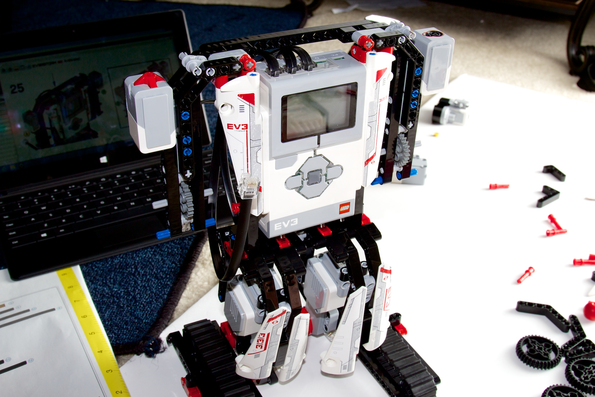 Building the Ev3rstorm robot using the instructions from inside the Mindstorms EV3 app.