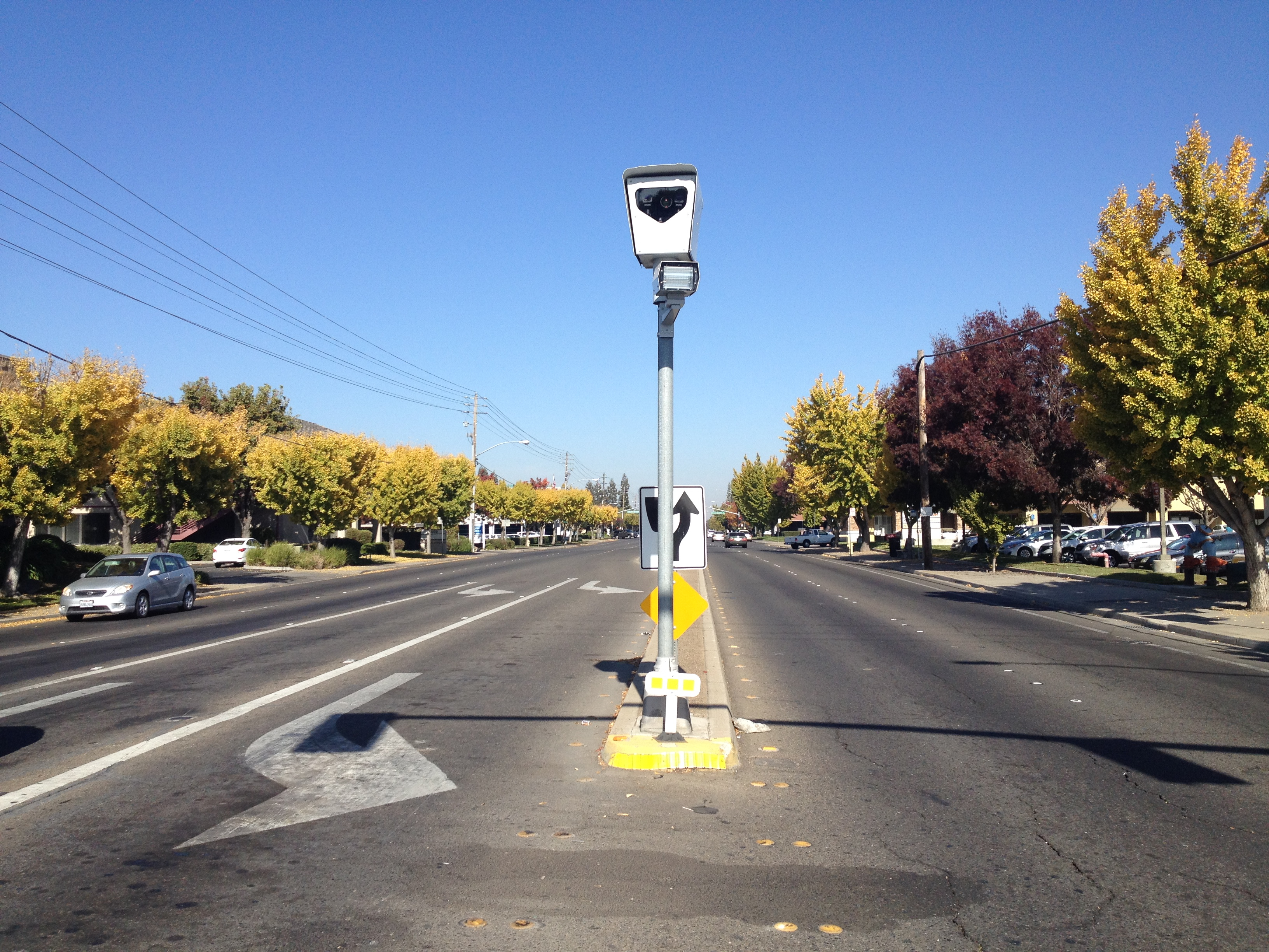 A red light camera at the intersection of Sylvan and Coffee in Modesto, California.