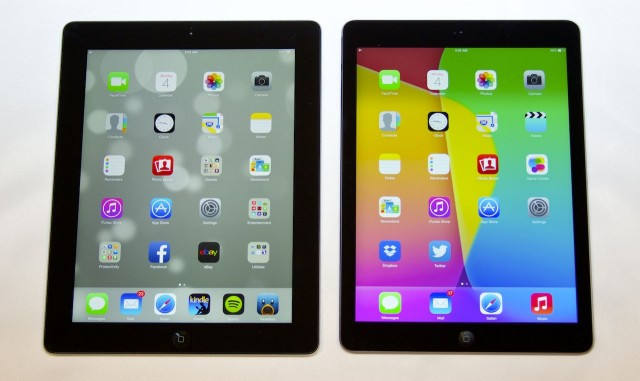 The iPad Air (right) has slimmer bezels than the fourth-generation iPad (left).