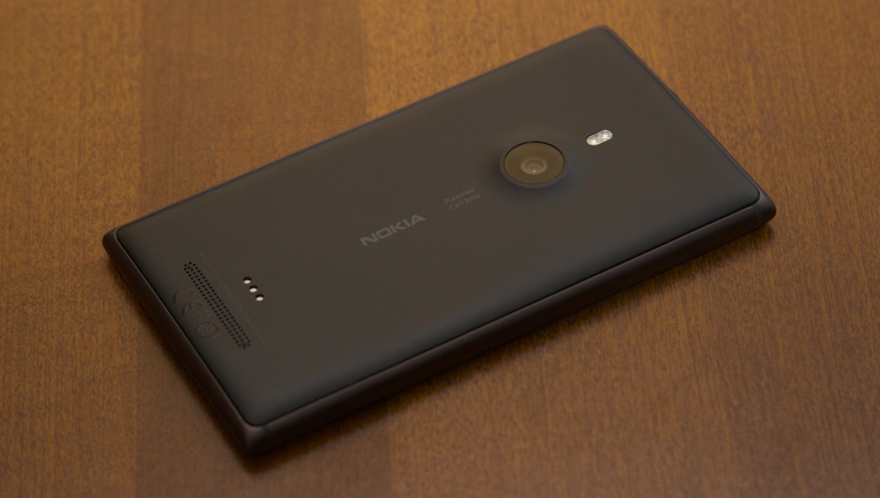 The Lumia 925 is an outstanding refinement of the original Lumia 920.