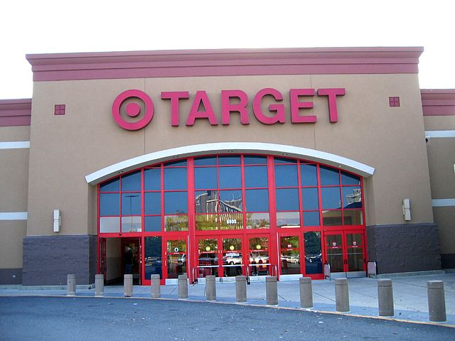 Target to judge: Banks' losses in our card breach aren't our problem