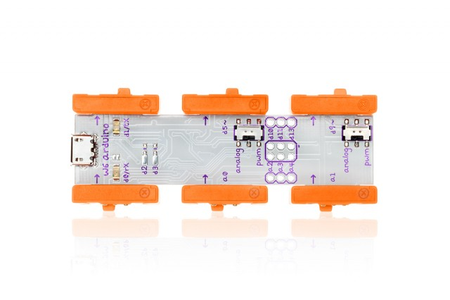 A top-down view of the LittleBits Arduino At Heart module.