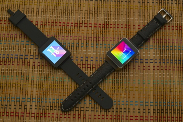 The Gear Live (right) looks much more dignified with a standard $15 leather strap. Do your watch a favor and get one.