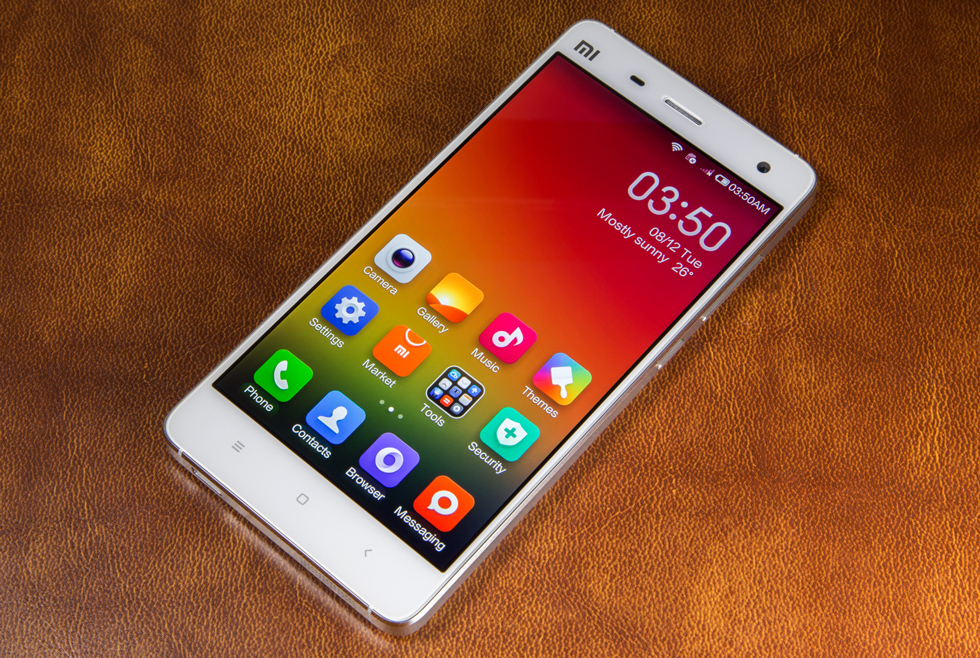 XIAOMI Mi4 review: Chinas iPhone killer is unoriginal but amazing.