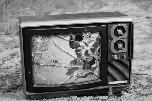 The TV model is... Login Comcast Business Internet