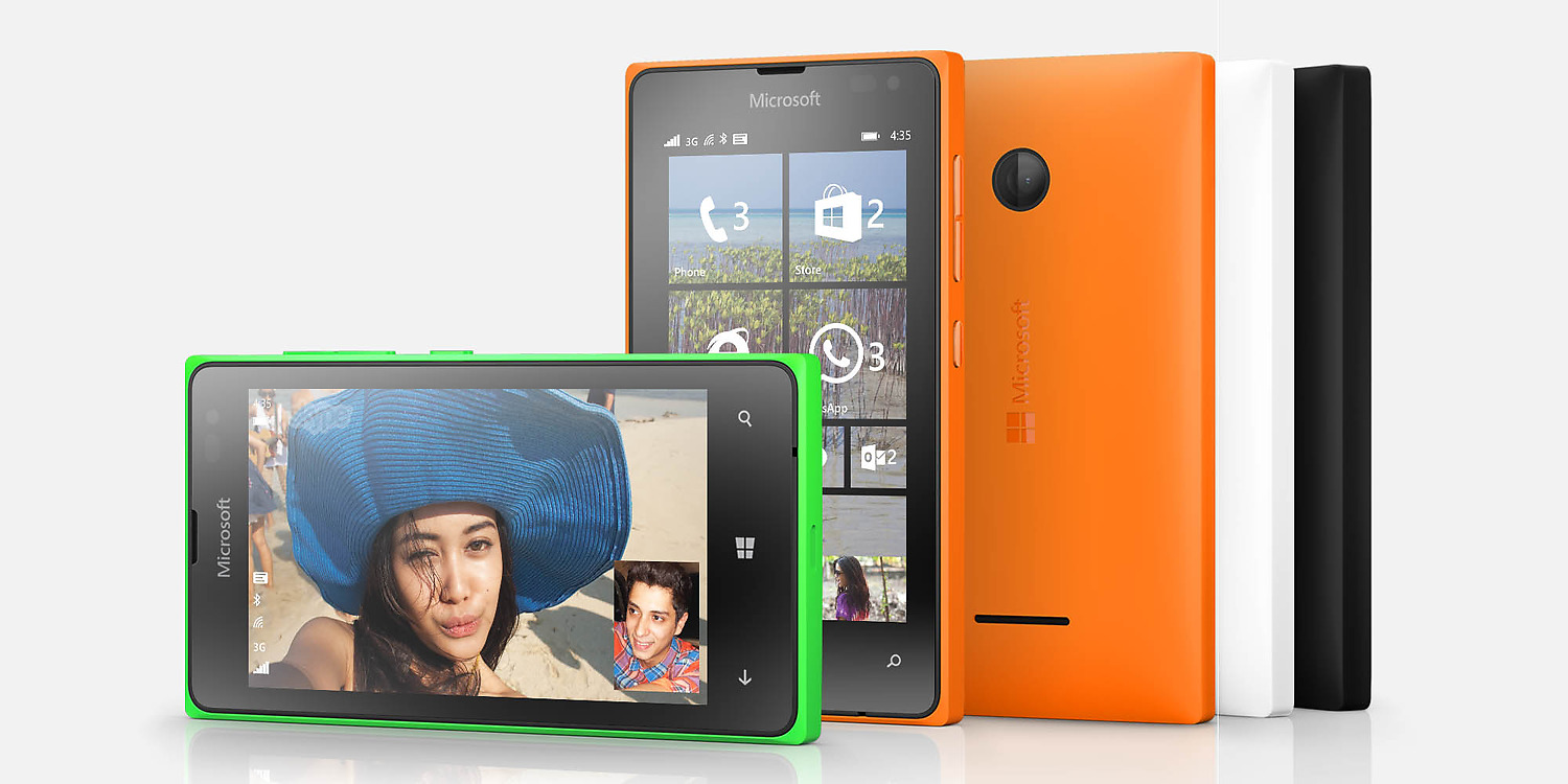 And the almost identical Lumia 435.
