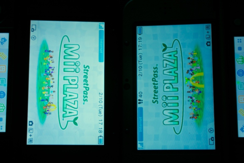 Even the 2D images on the new 3DS (right) look a bit better, with less bleeding between pixels and deeper color depth.