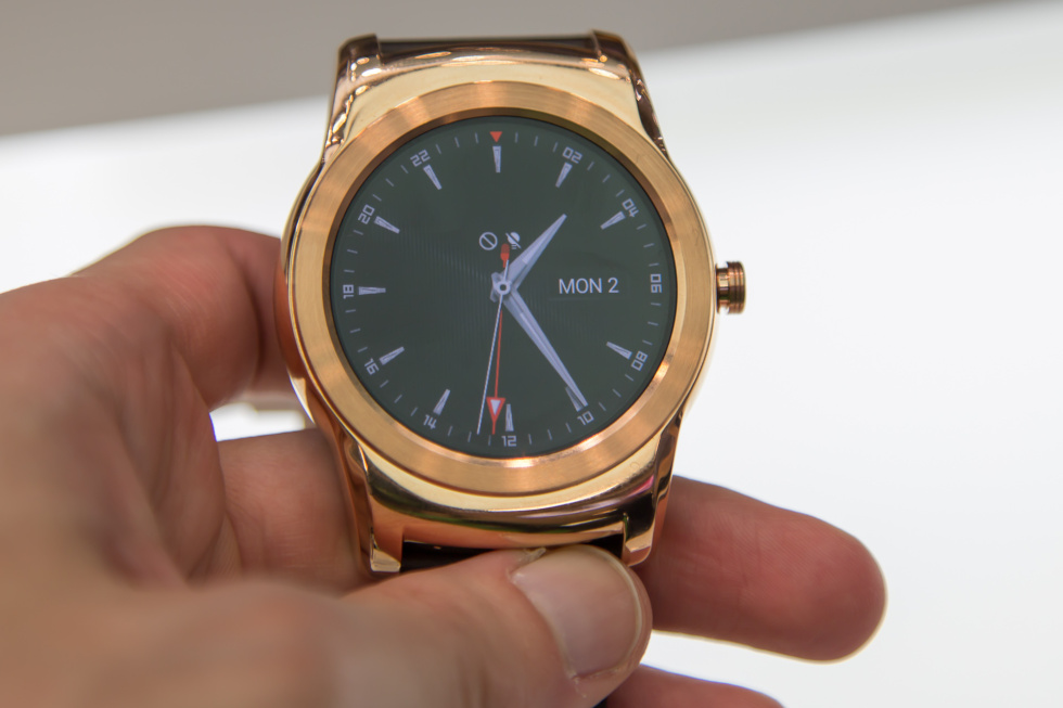 Hands-on with two LG Watch Urbane models: One promising ...