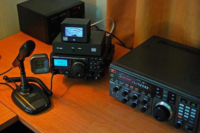 After Nepal earthquake, people turn to ham radio