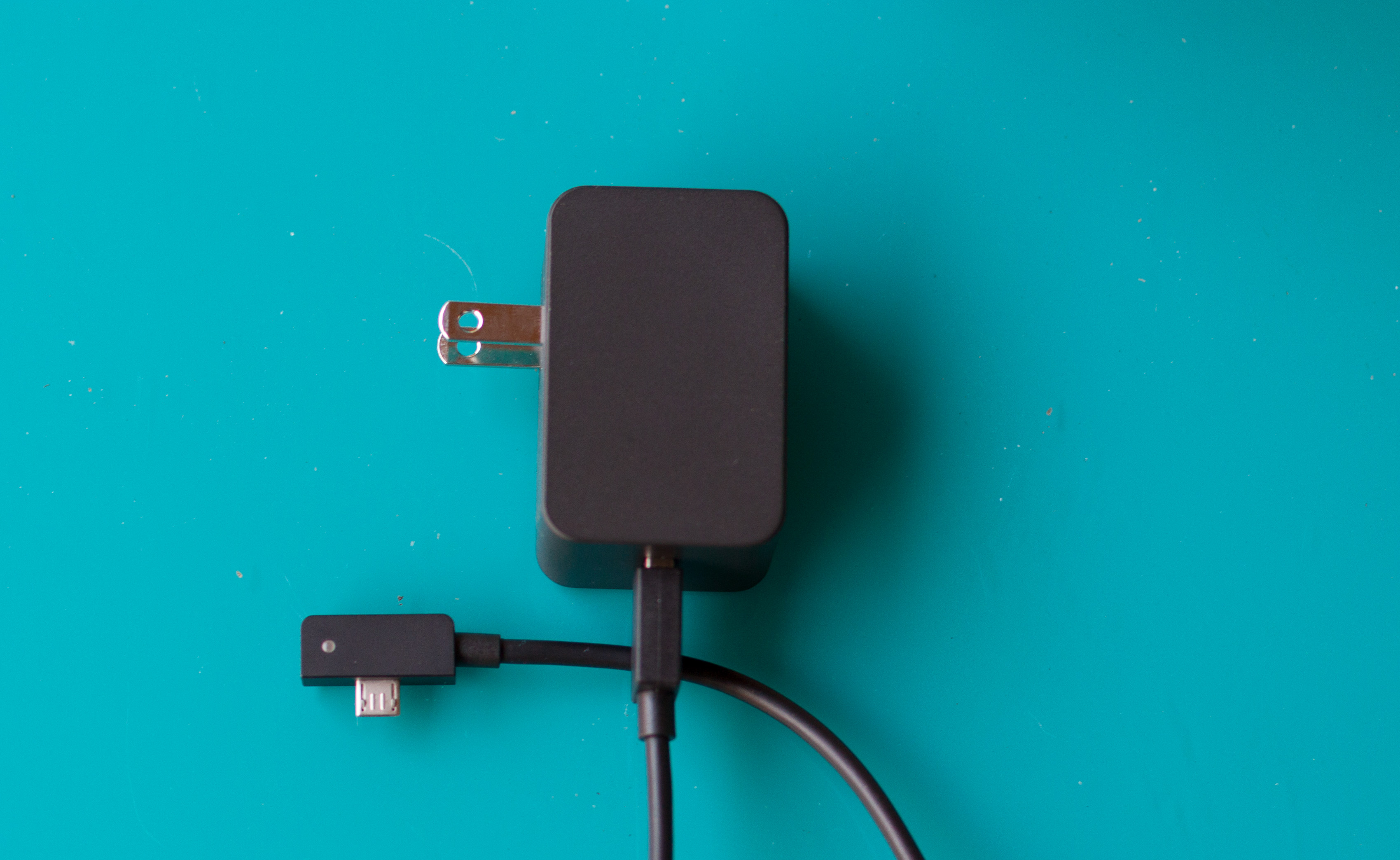 Yet another new Surface charger. This time, the connector is plain old micro-USB.