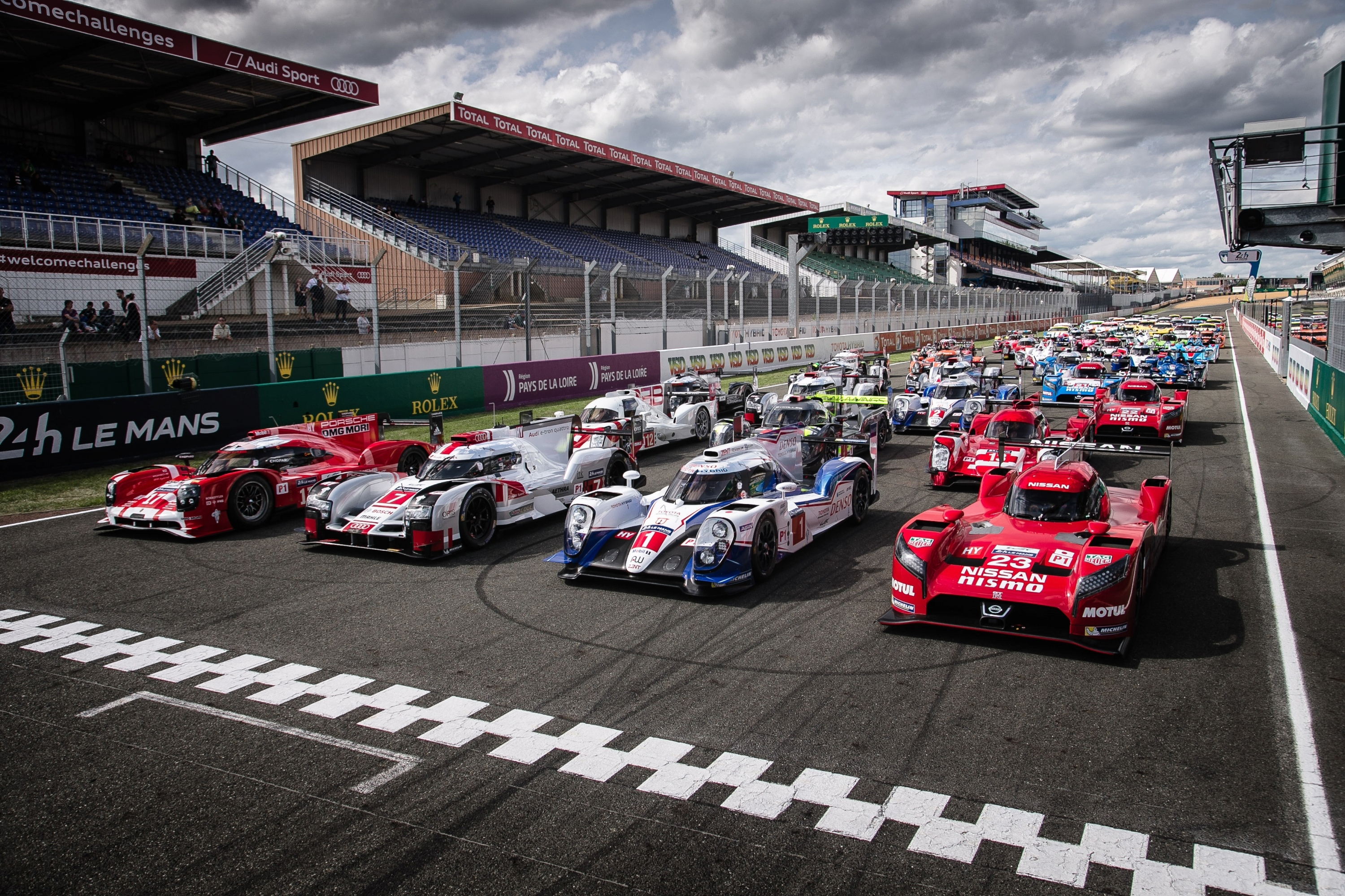 hyper hybrids battle at le mans this weekend don t miss. Black Bedroom Furniture Sets. Home Design Ideas