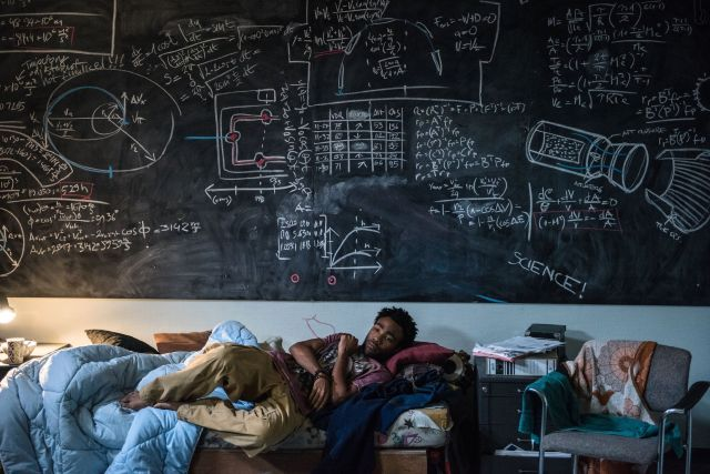 Donald Glover plays Rich Purnell, an astrophysicist who is instrumental in the effort to devise a way to rescue Watney from Mars.