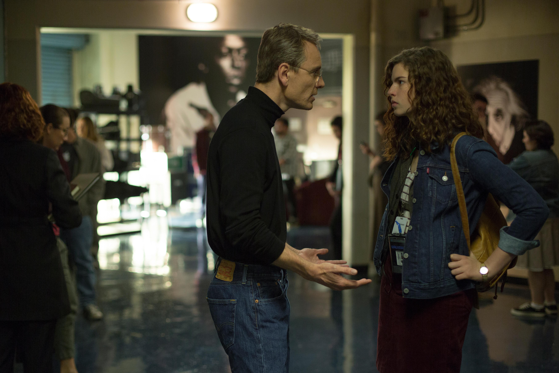 Michael Fassbender as Steve Jobs and Perla Haney-Jardine as Lisa Brennan-Jobs.