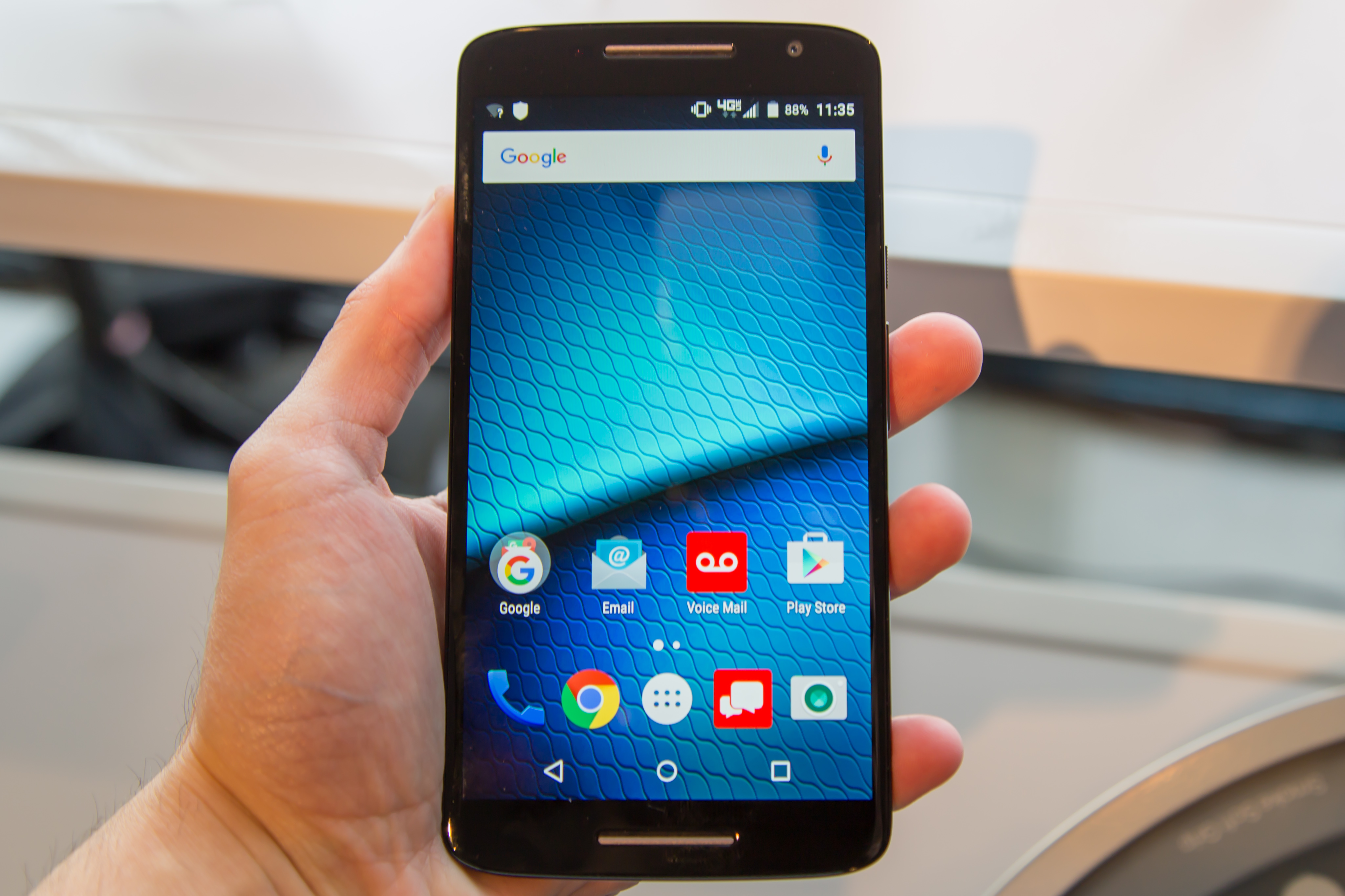 Does droid turbo have removable battery butik work