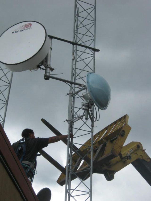 The Tribal Digital Village constructs an access point tower for the Pala reservation.