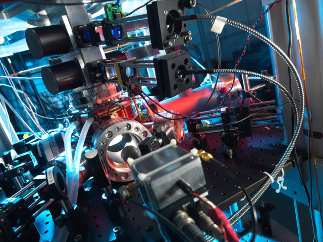 New measurements fail to show connection between gravity and quantum mechanics