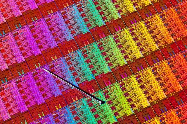 Transistors will stop shrinking in 2021, but Moore's law will live on