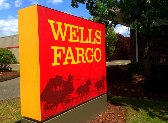 Here's What This CEO Thinks About Warren Buffett And Wells Fargo