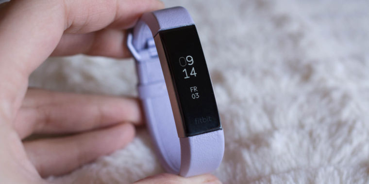 Watch Fitbit One Activity Tracker Review video