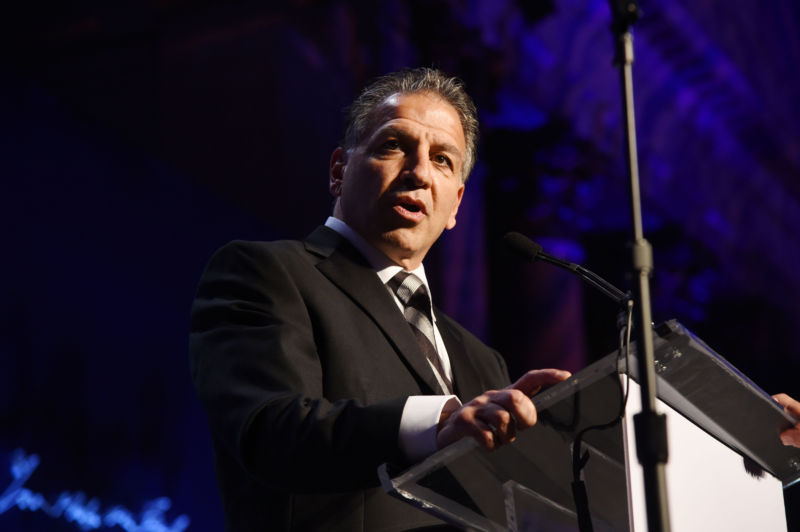 Mylan chairman: Drug pricing critics ought to go copulate with themselves | Ars Technica