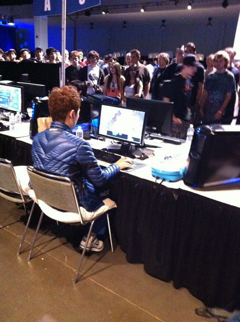 Boxer warming up for MLG