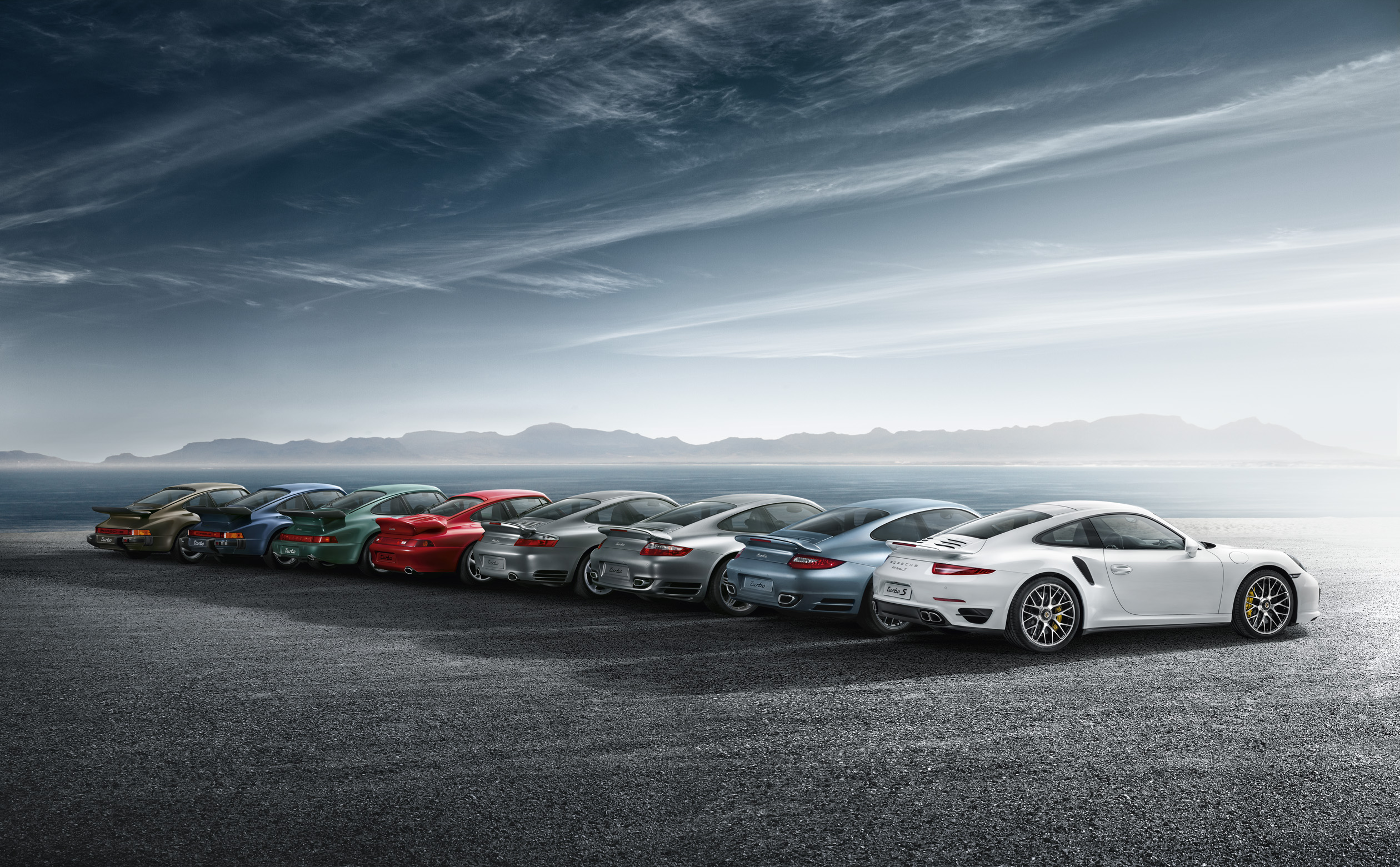 Porsche 911 52 Years Of Staying True To Its Roots Ars
