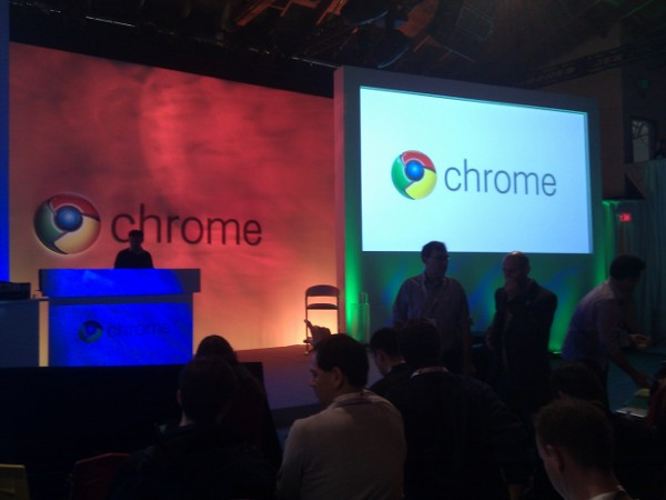 Google demos Chrome OS, launches pilot program