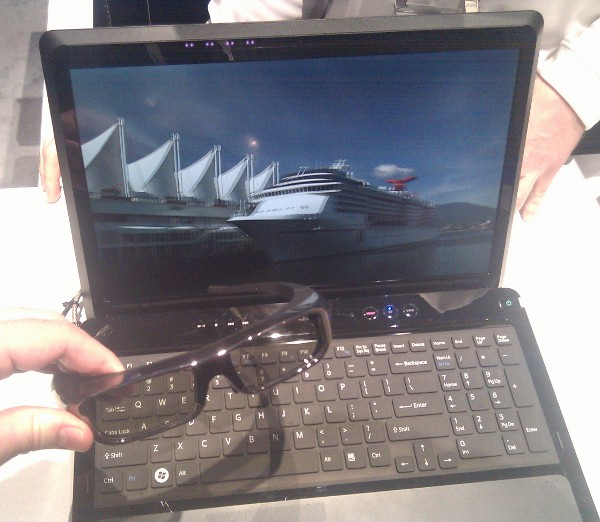 Hands-on: Sony's 3D Vaio almost cool enough to justify wearing dorky glasses outside