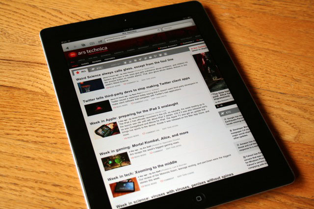 Ars reviews the iPad 2: big performance gains in a slimmer package