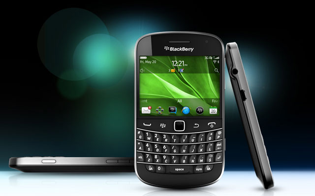 Blackberry enters a new era, files 105-page patent lawsuit against Avaya